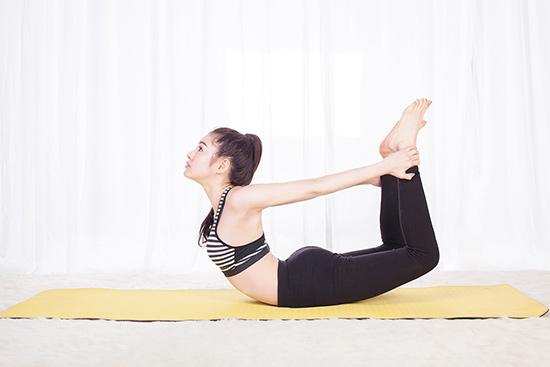 tập yoga giúp cải thiện vóc dáng