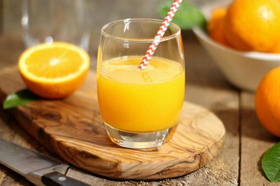 ăn cam giúp giảm ốm nghén